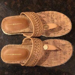 🆕 Tommy Hilfiger Taura2 Dress Sandals